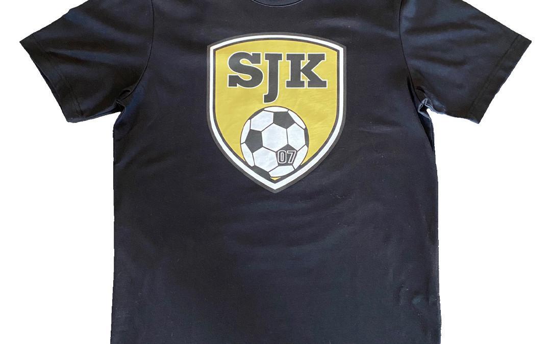 T-paita SJK-logolla, musta