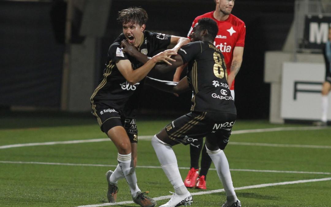Huikea trilleri päättyi SJK:n voittoon OmaSp Stadionilla