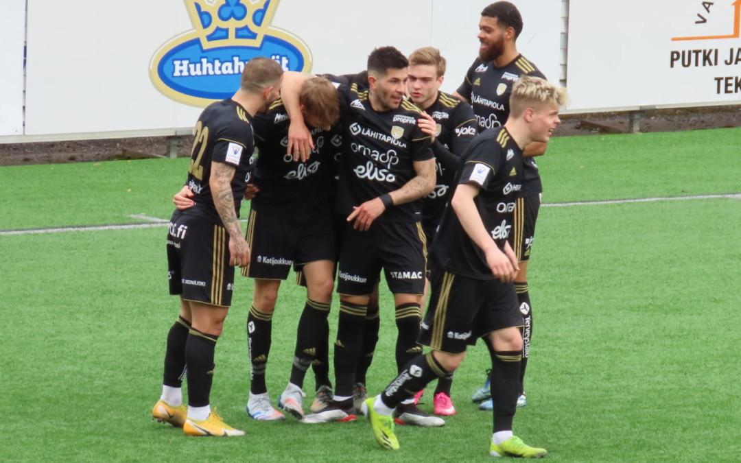 Matias Vainionpää onnistui kahdesti kun SJK kaatoi FC Hakan
